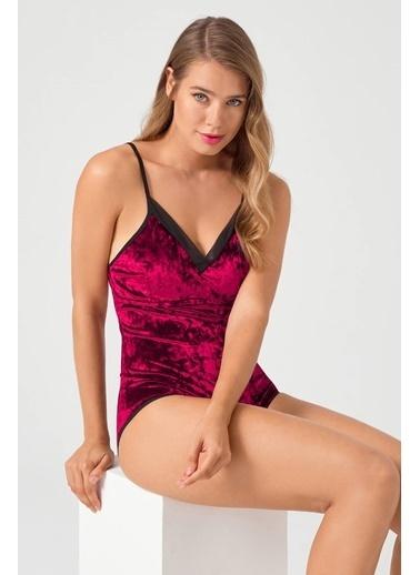 Cottonhill Tül Detay İnce Askılı Çıtçıtlı Kaplı Kadife Kadın Bodysuit Kırmızı